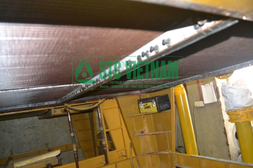 Sửa chữa két nước máy phát điện Cat 3518