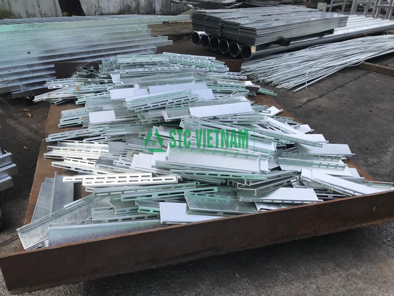 Thang máng cáp giá rẻ và quy trình sản xuất thang máng cáp