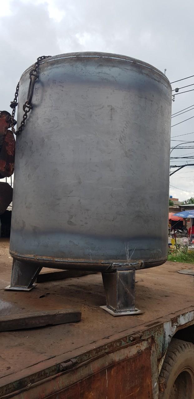 Bồn dầu máy phát điện 2700 lit