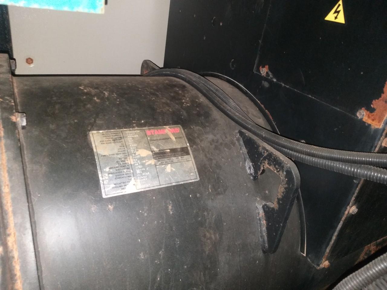 Máy phát điện cũ 550 Kva – QSX15